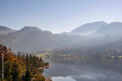 Widoki Grundlsee w Styrii w Austrii