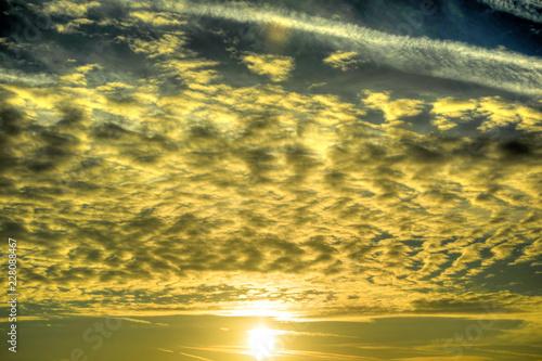 Foto Murales The clouds at dawn