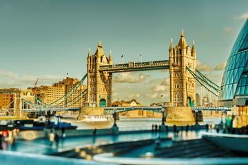 Tower Bridge © Iliya Mitskavets