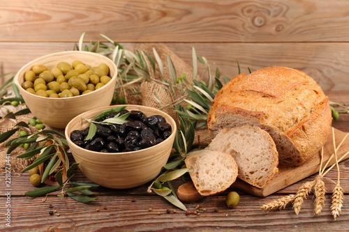Foto Murales olive and bread