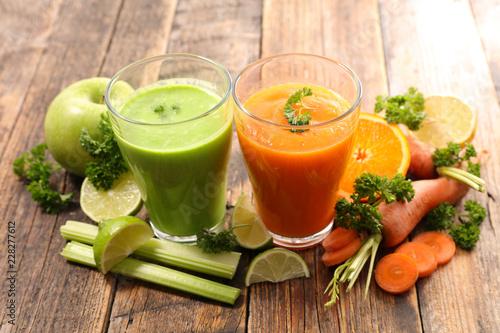 vegetable juice, smoothie - 228277612