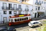 Tramway à Lisbonne Portugal - 228388803