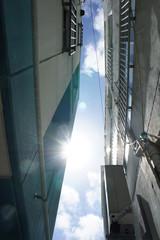 路地裏の日差し © afterglow005