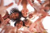 Girls of summer - 228690296