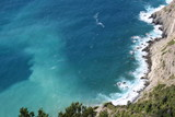 Mareggiata con frangenti sulla costa