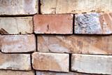 Mattoni e pietre per muratura, rosa anticate