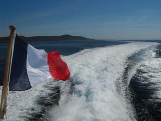 Nos couleur Française en Mer