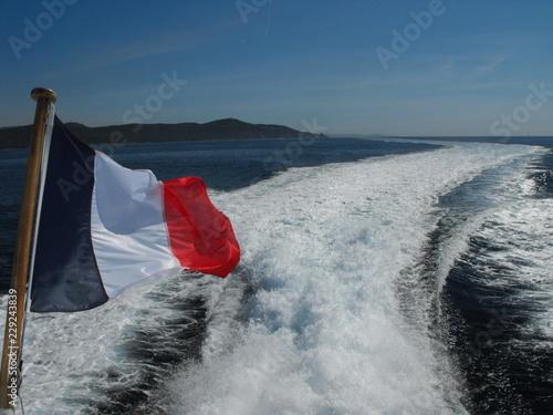 Nos couleur Française en Mer - 229243839
