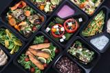 Lunch boxy, smakowite i zdrowe potrawy obiadowe