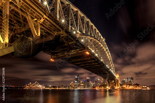 sydney-bridge-night