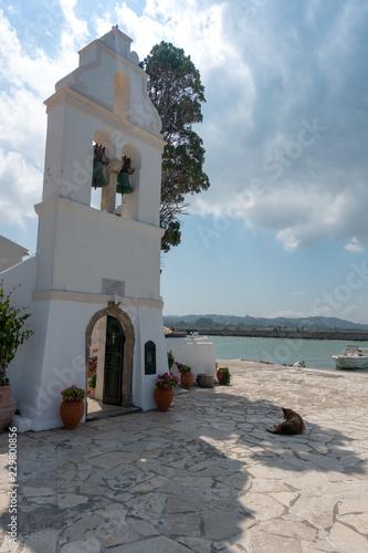Leinwanddruck Bild Das Kloster der Mäuseinsel auf Korfu