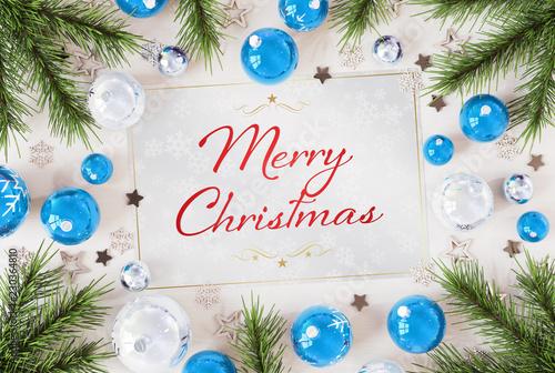 Kartki świąteczne pozdrowienia z niebieskim baubles renderingu 3D
