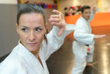 synchronize movement during martial arts practice - 230478651