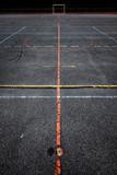 terrain sport stade banlieue équipement hand ball ligne trace limite sportif entrainement ville jeune quartier occupation - 230573467