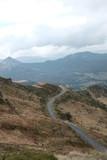 Route de montagne, automne cantal auvergne france champ agriculture - 230598029