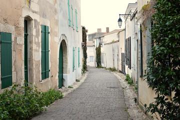 ruelle de saint martin de ré © bru