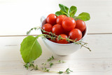 cherry tomatoes - 231131683