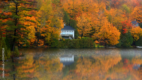 mata magnetyczna Scenic autumn landscape in Quebec country side