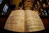 教会と楽譜 - 231445038