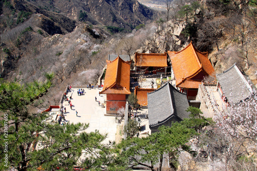 traditional Chinese style temple architecture