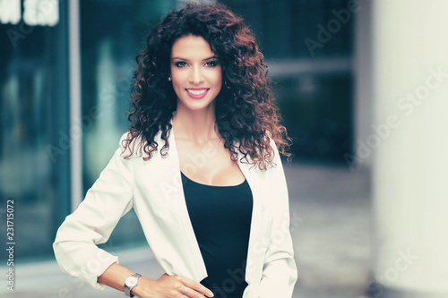 Wall mural Smiling woman portrait