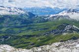 Schneebedeckte Gipfel im Alpen Gebirge