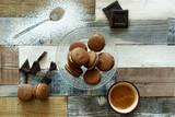 Macarons al caffè e cioccolato - 231854468