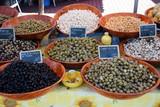 Oliven auf einem Markt
