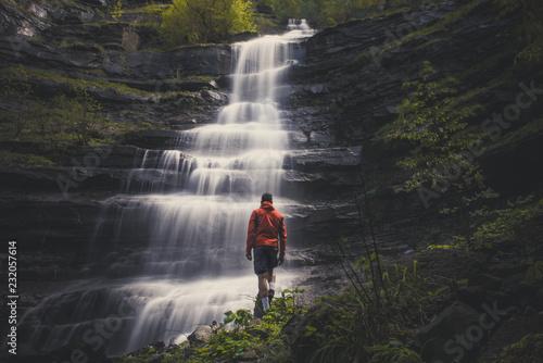 podziwiać wodospad piscino