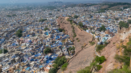Poster Panoramic view of blue city from Mehrangarh Fort in Jodhpur city, India