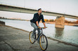 Leinwanddruck Bild - Commuting the carbon-free way