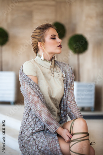 Foto Murales Fashion portrait of a model. Lifestyle pictures on sunny day. Summer style fashion.