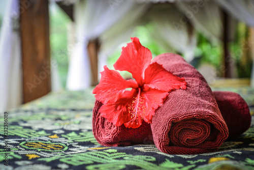 Daszki do masażu ręcznikami