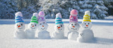 Schneemann Familie im Winterwald - 232511230