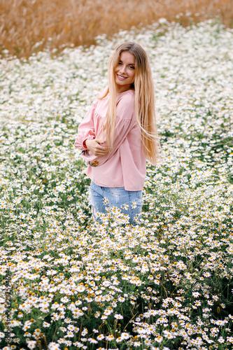 Foto Murales field of daisies