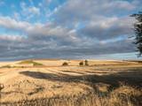 Weite Landschaft auf dem Jakobsweg in Spanien - 232871693
