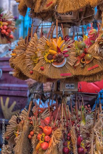 miotły pamiątkowe dekoracyjne