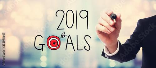 Leinwanddruck Bild 2019 Goals with businessman on blurred abstract background