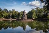 Tempel im Wasser - 233207048
