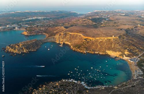 Foto Murales Sunset in Gnejna bay. Malta country