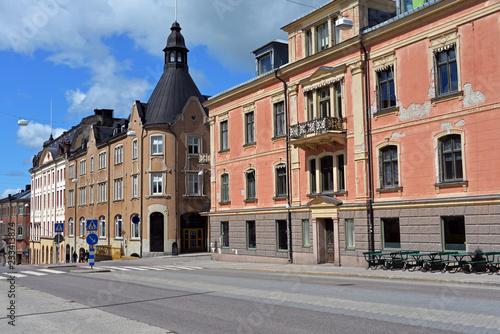 canvas print picture Historische Gebäude in der Hauptstraße von Härnösand