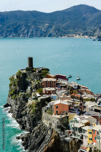 Foto Murales island in the sea, in cinque terre, Liguria, Italy
