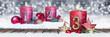 Leinwanddruck Bild - Dritter Advent schnee panorama Kerze mit Zahl dekoriert weihnachten Aventszeit holz hintergrund lichter bokeh / third sunday advent