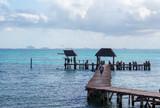 Muelle en Isla Mujeres. - 233684016