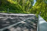 landstraße im pfälzer wald 2 © apfelweile