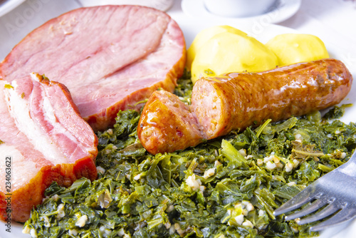 a delicious genuine oldenburger kale with peeked pinkel sausage - 234063622