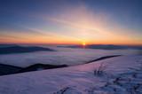 Zimowy wschód słońca w Bieszczadach