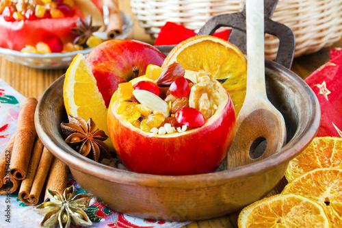 Leinwanddruck Bild Bratapfel Baked apple