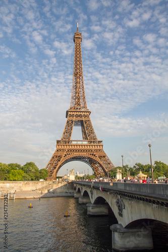 mata magnetyczna Tour Eiffel