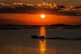 Sonnenuntergang in der Lagune am Nationalpark des PO-Deltaflusses - Sacca degli Scardovari  © Karl Allen Lugmayer